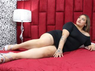 Фото секси-профайла модели Sweett, веб-камера которой снимает очень горячие шоу в режиме реального времени!