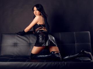 Foto de perfil sexy de la modelo SwitchRoxxy, ¡disfruta de un show webcam muy caliente!