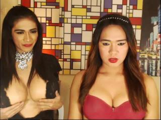 Hình ảnh đại diện sexy của người mẫu TwoWildCocks để phục vụ một show webcam trực tuyến vô cùng nóng bỏng!