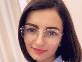 Foto de perfil sexy de la modelo VixieDD, ¡disfruta de un show webcam muy caliente!