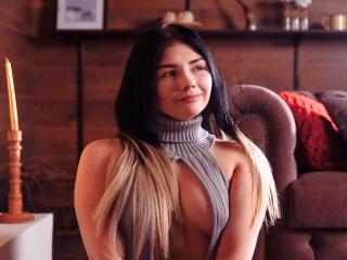 Foto de perfil sexy de la modelo xMaryRosex, ¡disfruta de un show webcam muy caliente!