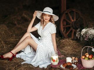 Foto de perfil sexy de la modelo YouandMee, ¡disfruta de un show webcam muy caliente!