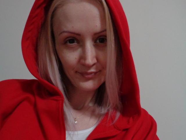 Foto del profilo sexy della modella HotAccent, per uno show live webcam molto piccante!