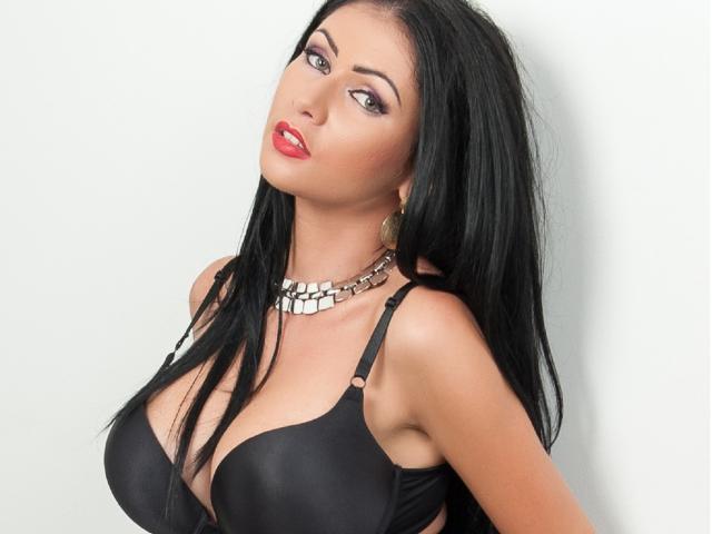 Velmi sexy fotografie sexy profilu modelky HotLaura pro live show s webovou kamerou!
