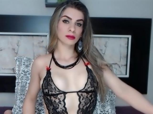 Photo de profil sexy du modèle Playfulblond, pour un live show webcam très hot !