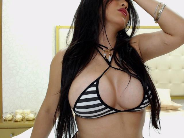 Picture of the sexy profile of TaraTroy, for a very hot webcam live show !