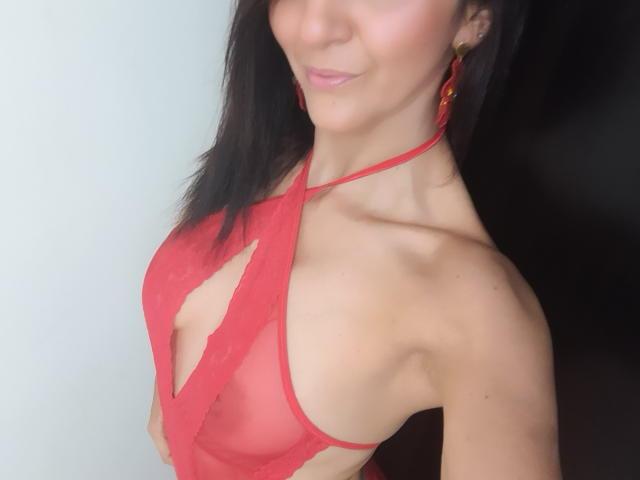 Sexet profilfoto af model ValleryHott, til meget hot live show webcam!