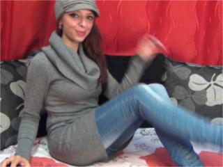Ayrine - Sexy live show with sex cam on XloveCam