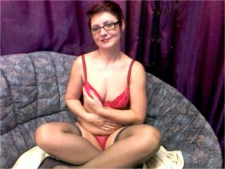 MatureEva - Webcam hard with this being from Europe Hot lady