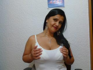 KinkyViolet - Sexy live show with sex cam on XloveCam