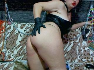 ClassyJoanne - Sexy live show with sex cam on XloveCam