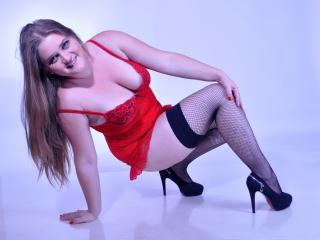 AnyelleX - Sexy live show with sex cam on XloveCam