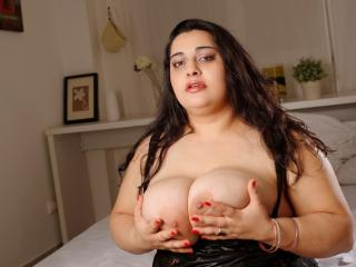ExtremeLisa - Sexy live show with sex cam on XloveCam