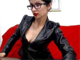 LovelyDream - Webcam live xXx with this dark hair Hot babe