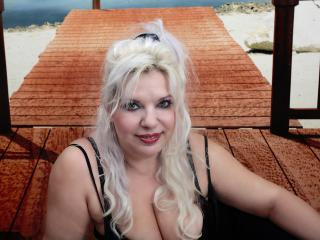 HotCougar - Sexy live show with sex cam on XloveCam