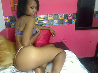 JCandente - Sexy live show with sex cam on XloveCam