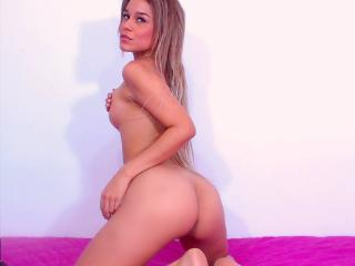 SlinkyAngeel - Show xXx with this Young lady with huge tits