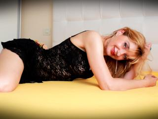 TheanoAdelle - Sexy live show with sex cam on XloveCam