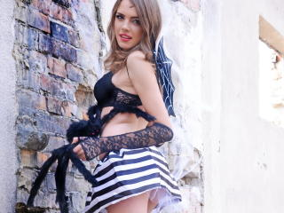 MooreTheeo - Sexy live show with sex cam on XloveCam