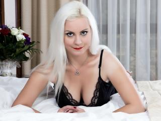 Sydonne - Sexy live show with sex cam on XloveCam