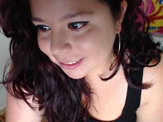 OrgasmFontaine - Chat cam exciting with this shaved private part Gorgeous lady