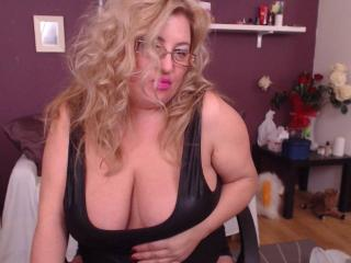 TresSexyMadame - Sexy live show with sex cam on XloveCam