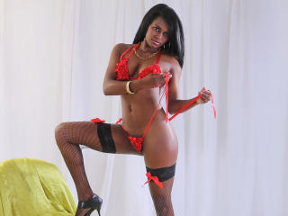 Gynary - Sexy live show with sex cam on XloveCam