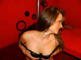 DeliciouseAmber - Sexy live show with sex cam on XloveCam