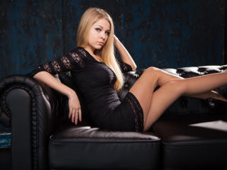 MsBlues - Sexy live show with sex cam on XloveCam