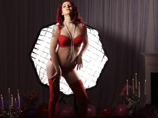 LongLegsStar - Sexy live show with sex cam on XloveCam