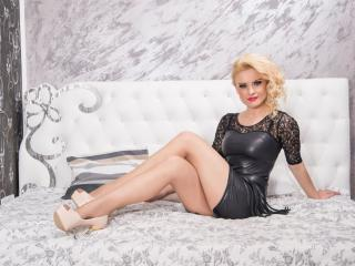 DomixLinda - Sexy live show with sex cam on XloveCam