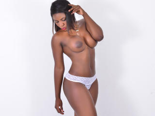 FoxyHotBabe - Sexy live show with sex cam on XloveCam
