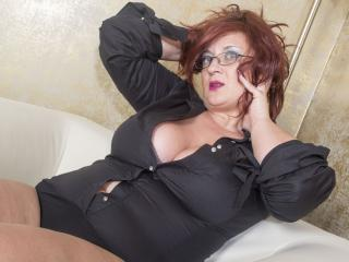 AliciaXHotty - Live Sex Cam - 2619426
