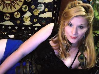 Sexy nude photo of DigitalCobraEater