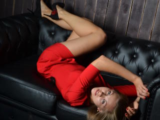 MaryStorm - Sexy live show with sex cam on XloveCam