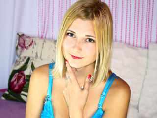 Sunflare - Show sexy et webcam hard sex en direct sur XloveCam®