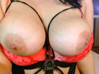 TonDesire - Sexy live show with sex cam on XloveCam