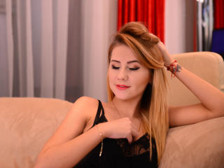 IrreneJames - Sexy live show with sex cam on XloveCam®