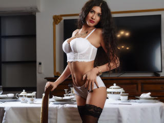 LaraVane - Sexy live show with sex cam on sex.cam