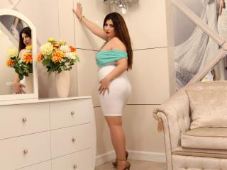 OneHotSexySandra photo gallery