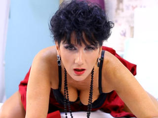 MeganMilf - Live cam exciting with this hot body Lady