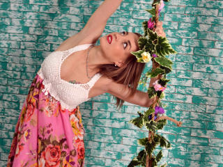 MayaLovely - Show sexy et webcam hard sex en direct sur XloveCam®