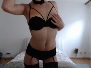 LaBelleMarina - Show sexy et webcam hard sex en direct sur XloveCam®