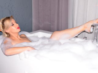 AllysonBelle - Show sexy et webcam hard sex en direct sur XloveCam®