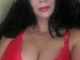 RanyLorena - Live cam sex with this reddish-brown hair Mature