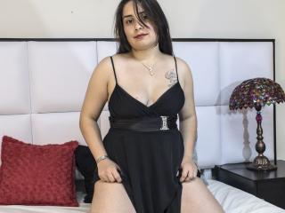 Sexy nude photo of CarmelAnderson