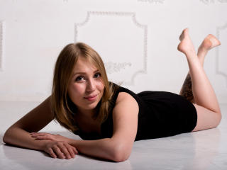 AnnabellLove - Sexy live show with sex cam on XloveCam®