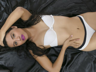 TifannyWest sexy girl come