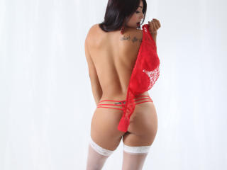 CandiceAngel - Live sex with this shaved vagina Gorgeous lady