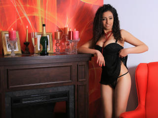 EvaNova - Sexy live show with sex cam on XloveCam®